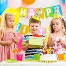 Товары для праздника:конверты,свечи,растяжки