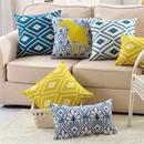 Декоративные подушки. Задайте настроение интерьеру.