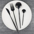 Вечная классика. Черная , белая и прозрачная посуда хит на вашей кухне.